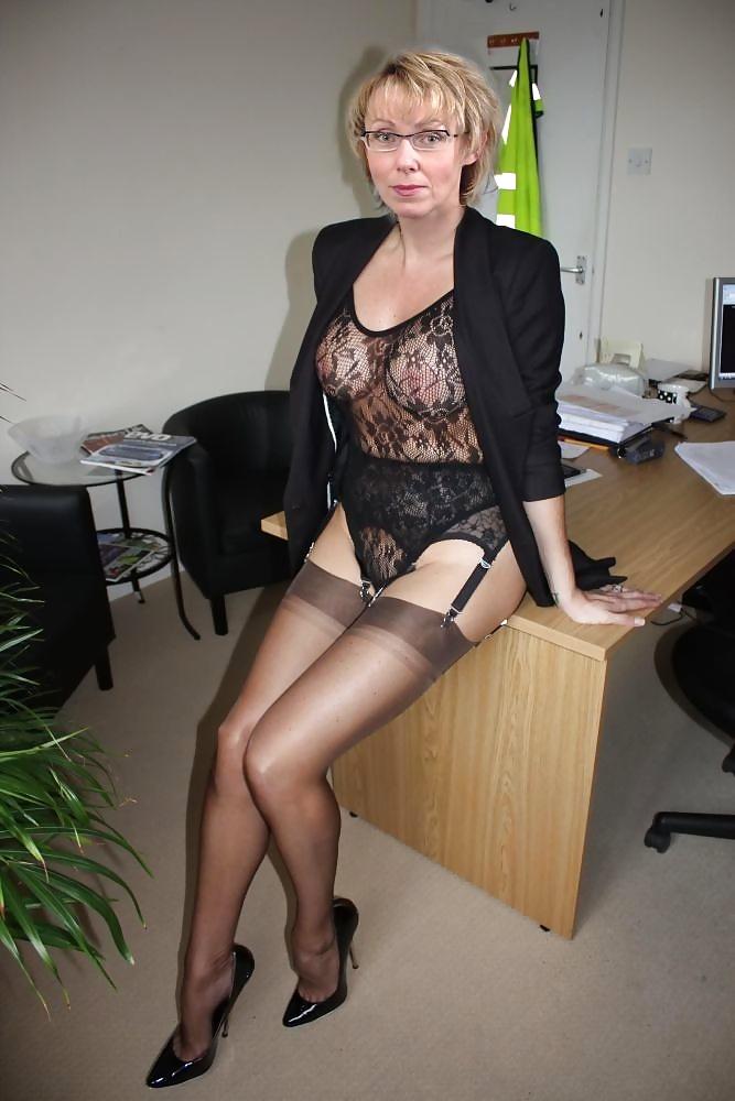 naked sluts legs spread