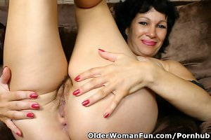 Grandma Rebecca Spreads Her Hairy And Old Pussy